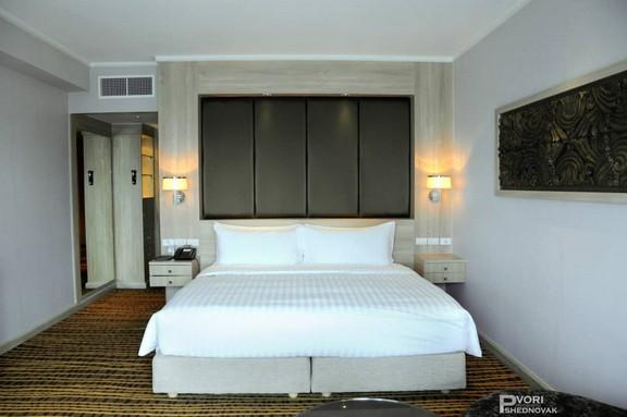 חדר המלון בבנגקוק