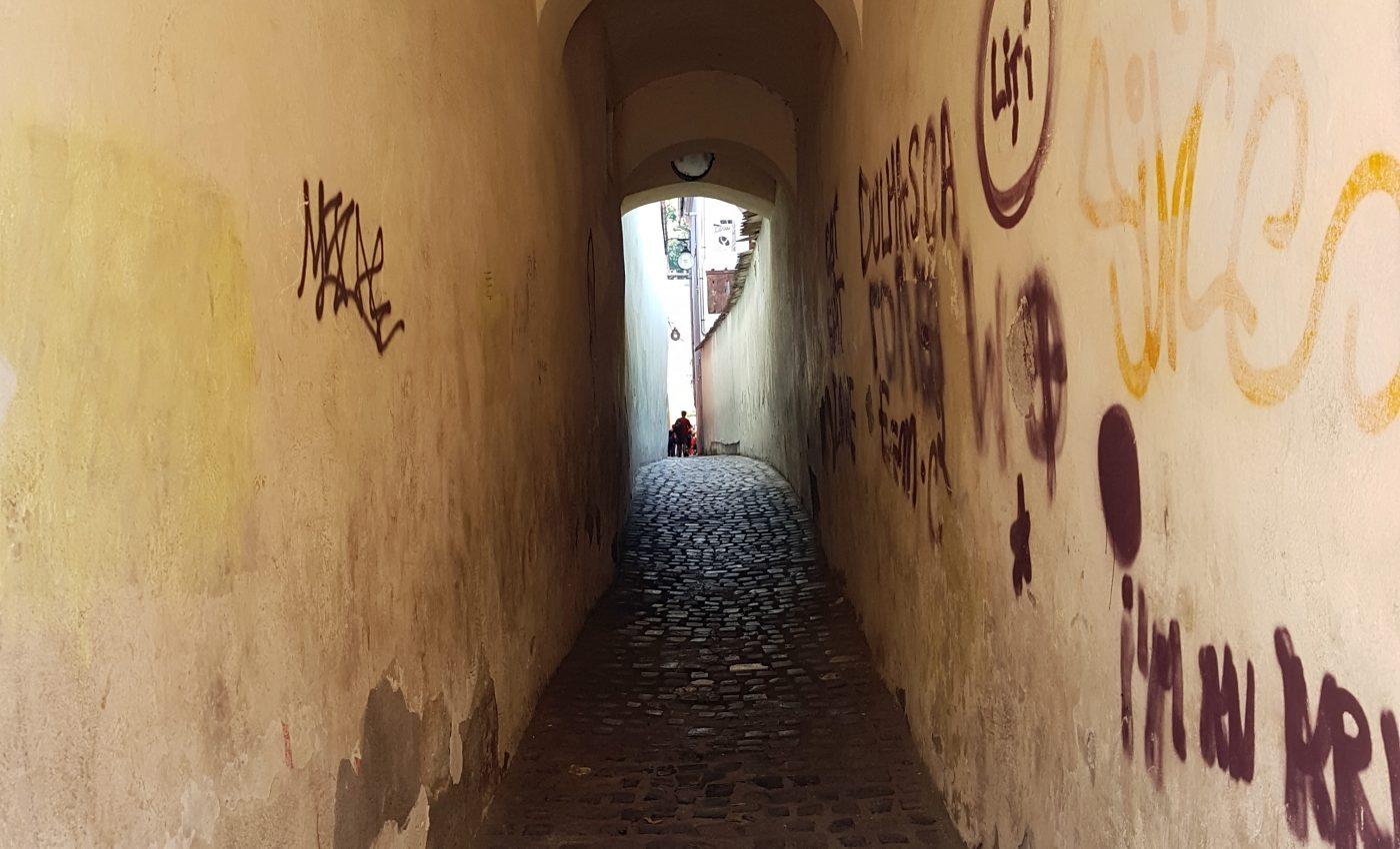 הרחוב הצר בעולם