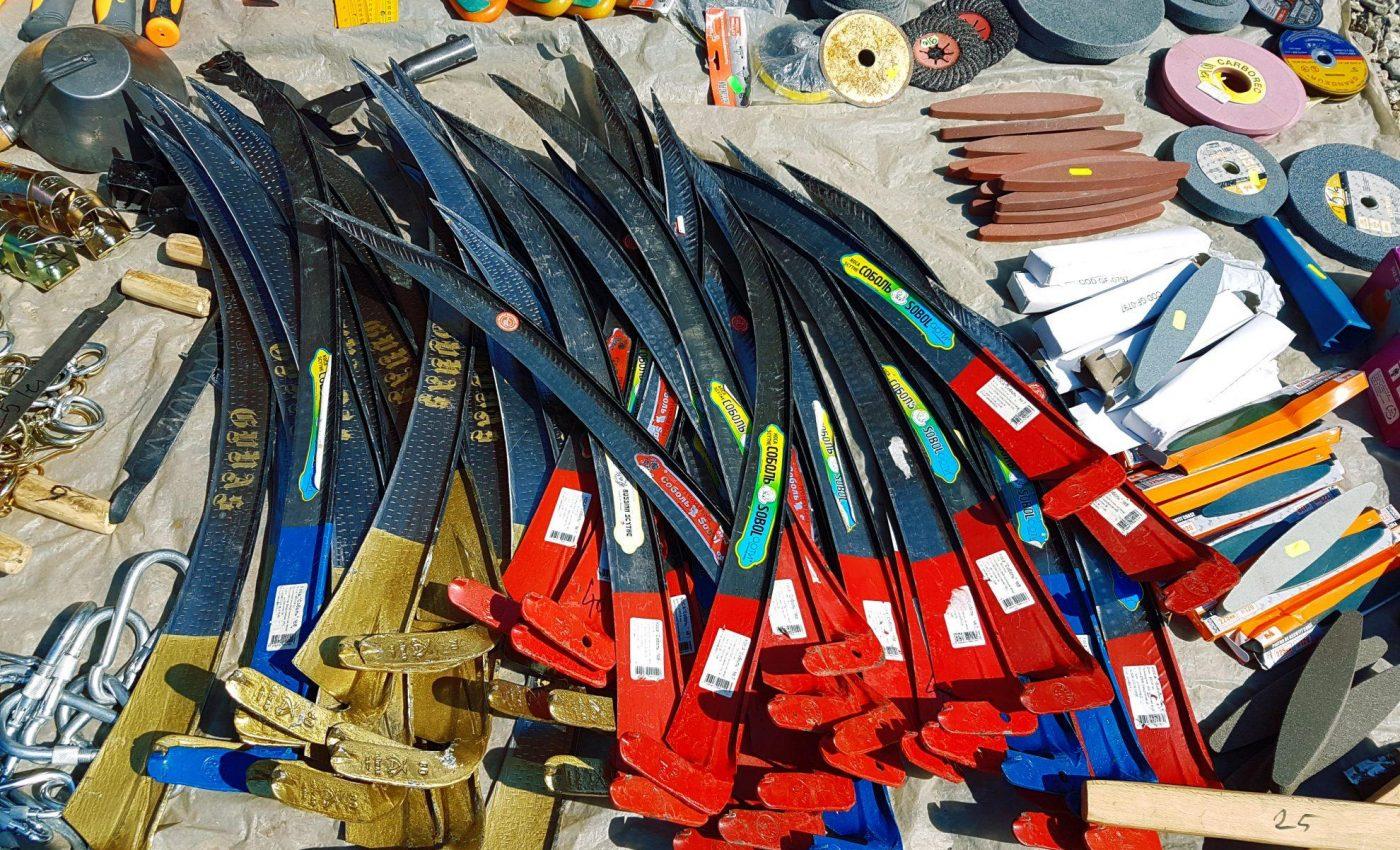 סכינים וגרזנים לכל דורש