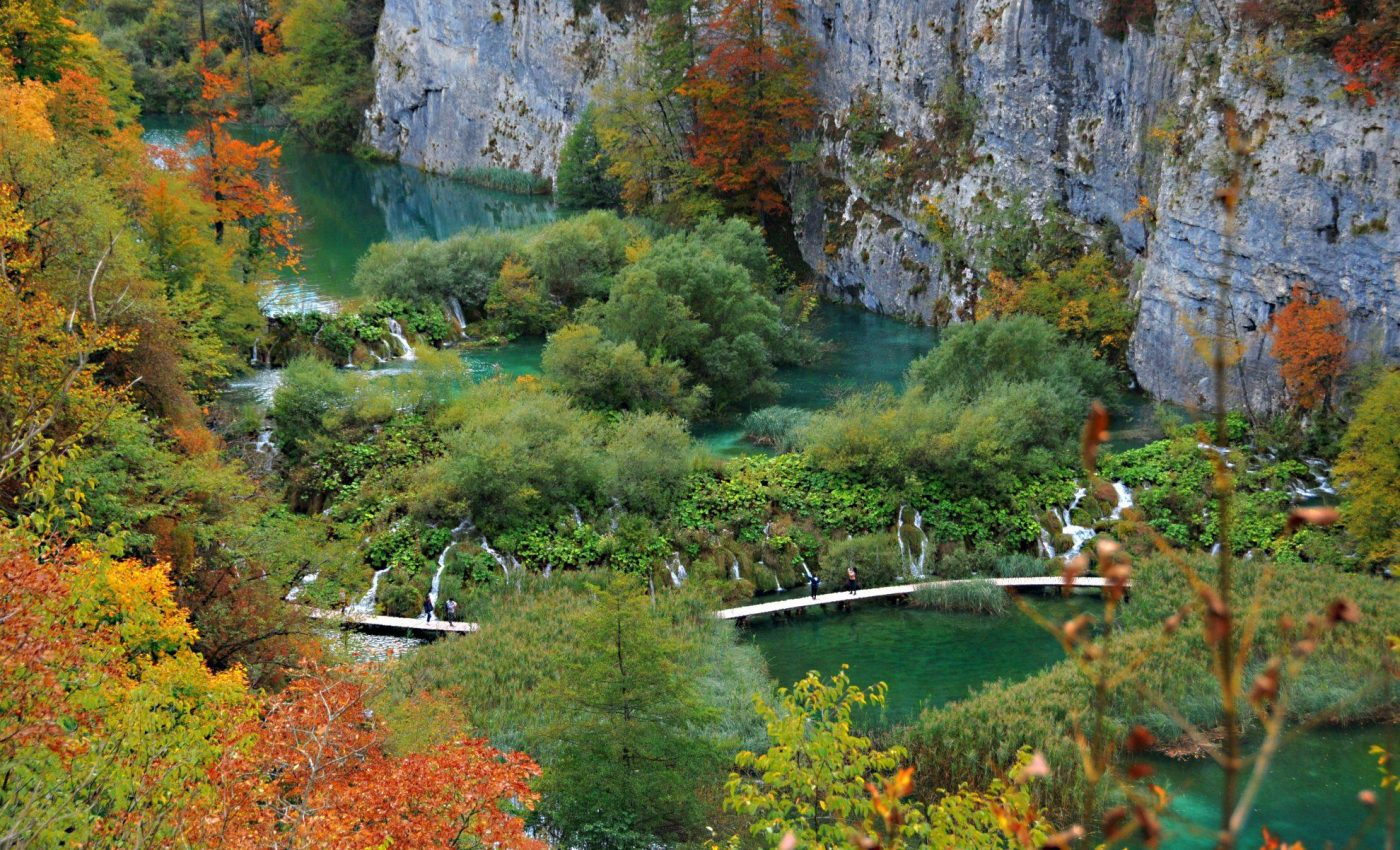 המפלים והאגמים מלמעלה