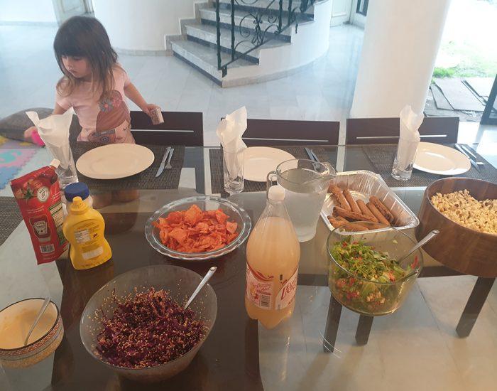 ארוחת צהריים אצל קמפה, מחברים למשפחה ב5 דקות...