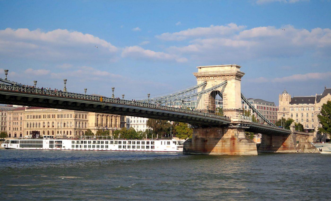 גשר השלשלאות