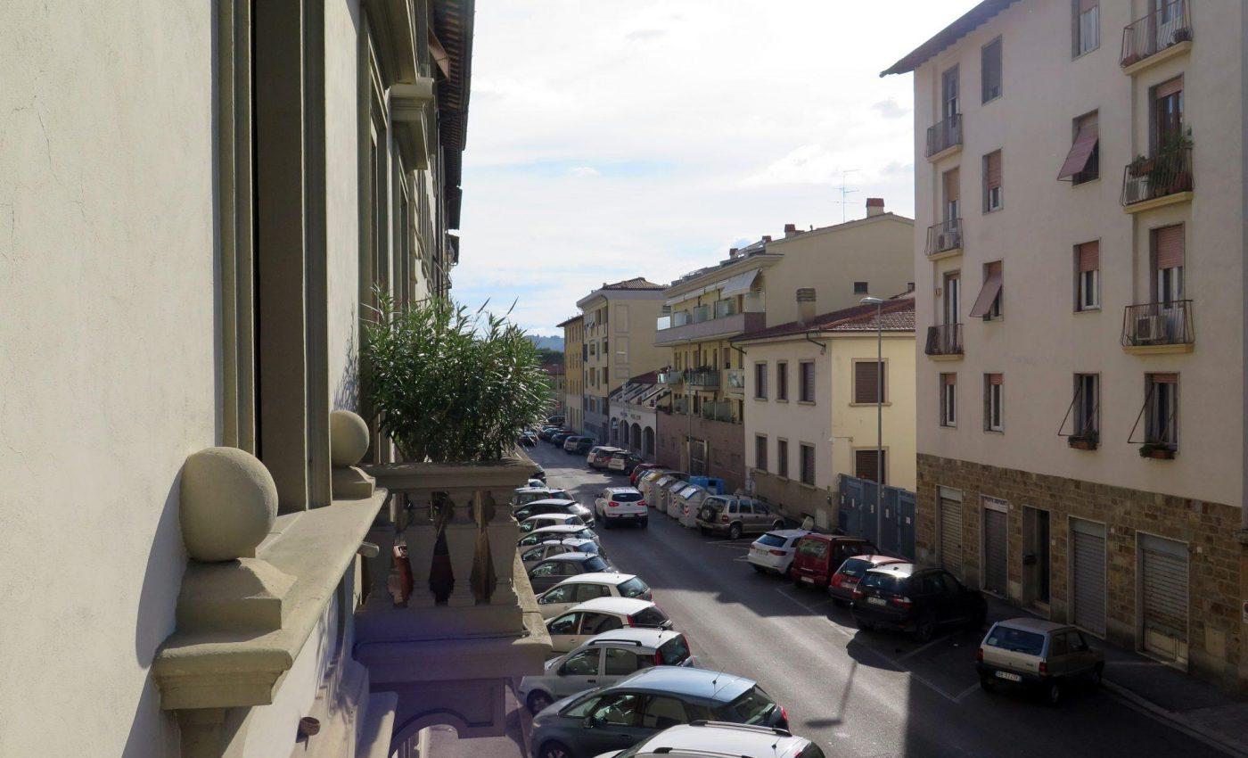 מהמרפסת בפירנצה