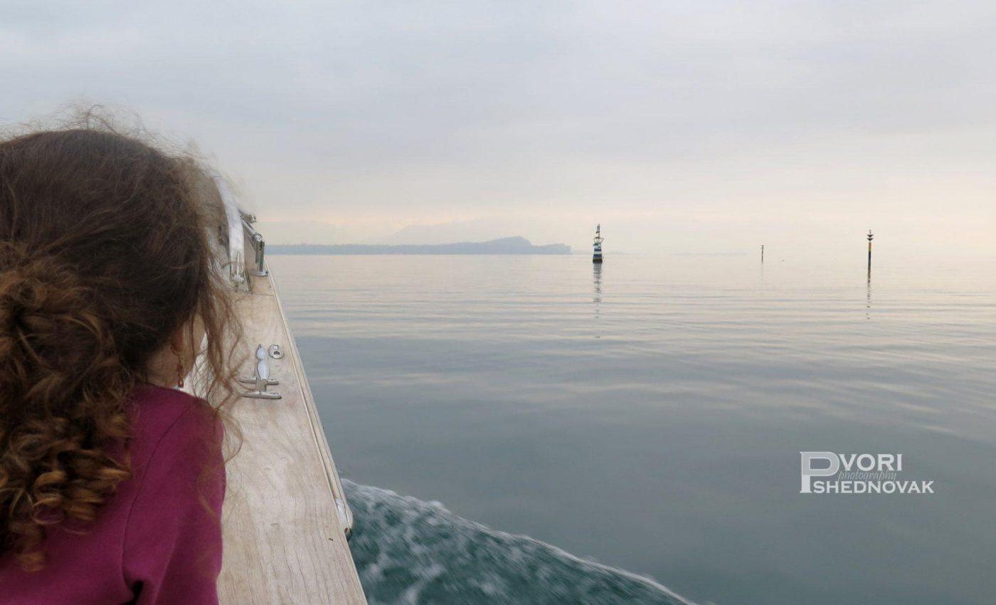שייט באגם המופלא