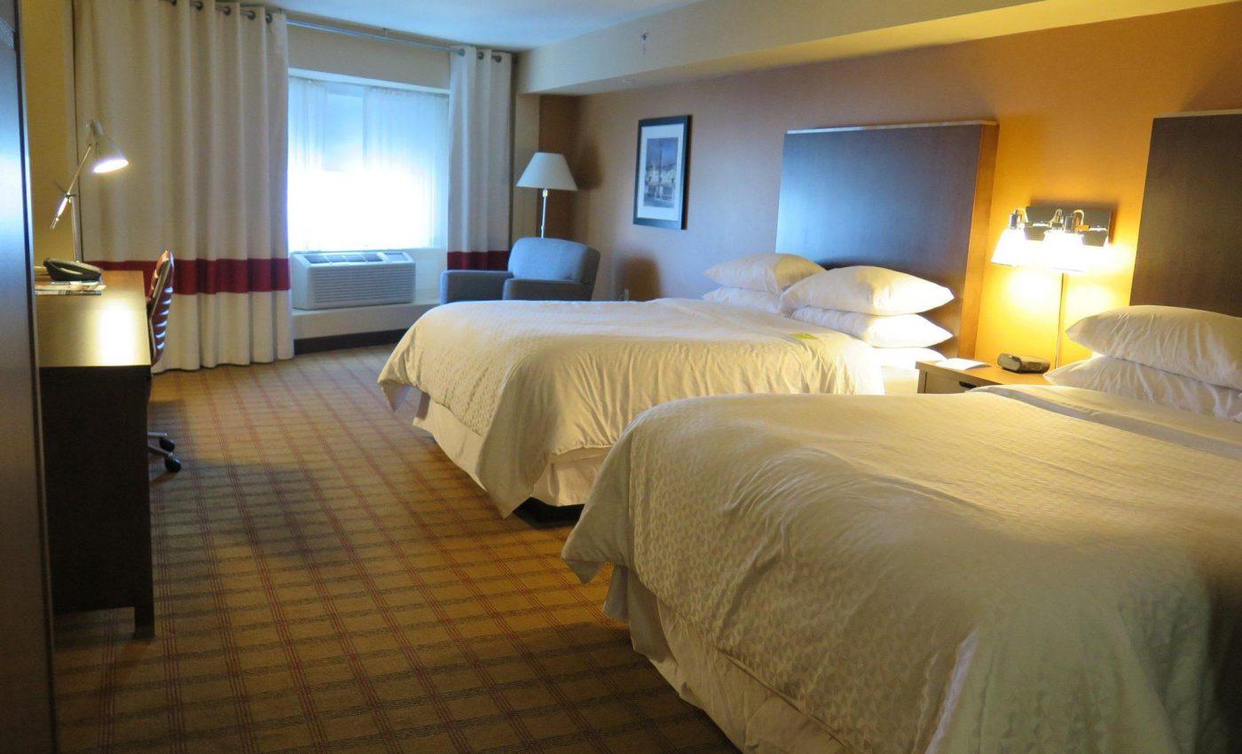 החדר שלנו במלון בקנדה