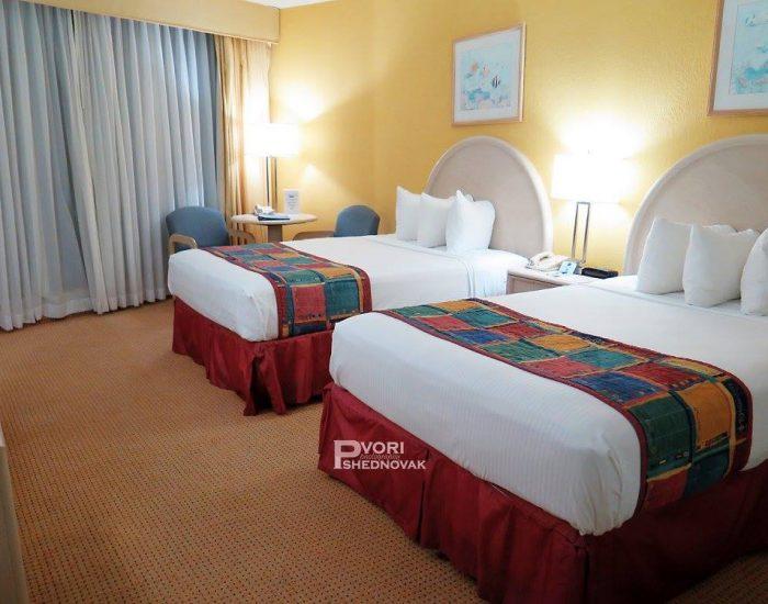 ב2 בלילה הגענו למלון במיאמי