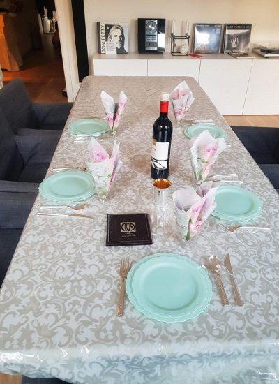 השולחן שלנו לבוקר החג