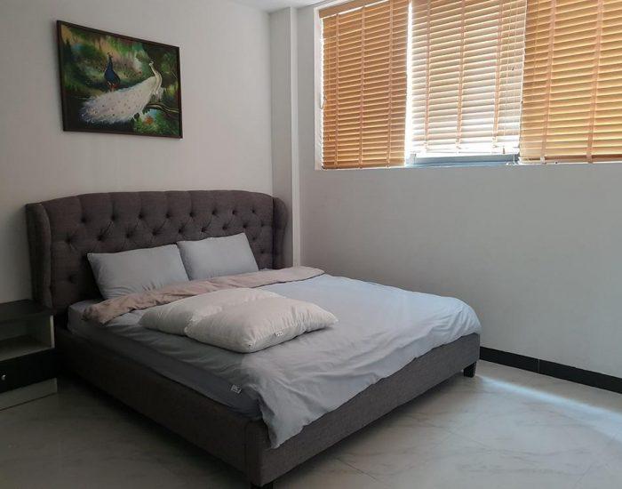 חדר שינה במלון הדירות