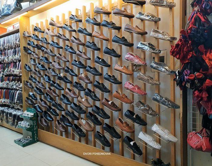 חנות נעלי עור