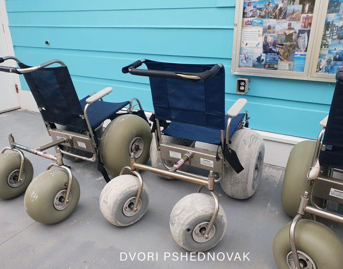כיסאות גלגלים מיוחדים לחוף