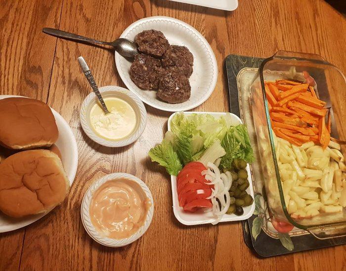 המבורגר תוצרת בית