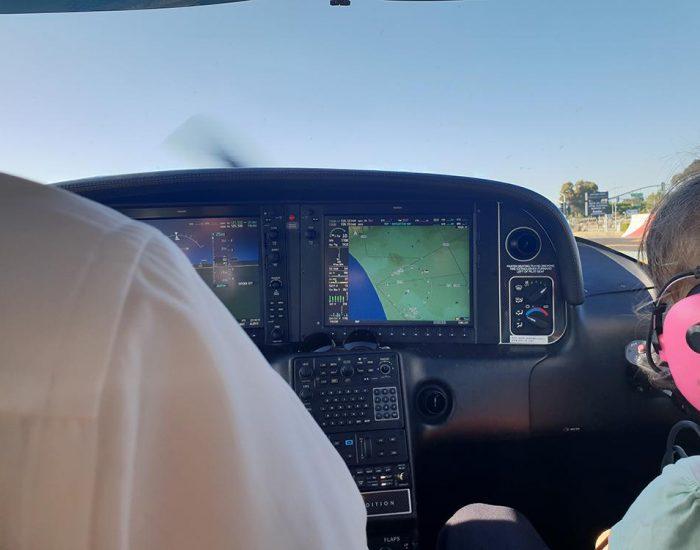 טיסה במטוס פרטי קטן