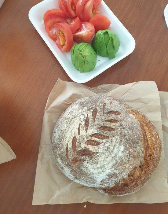 לחם מחמצת ליום ראשון, גם הוא מבית חב''ד