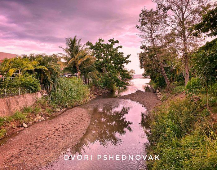 כל הנחלים זורמים לים... חאקו קוסטה ריקה