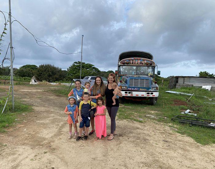 האוטובוס בית של משפחת אלפנט