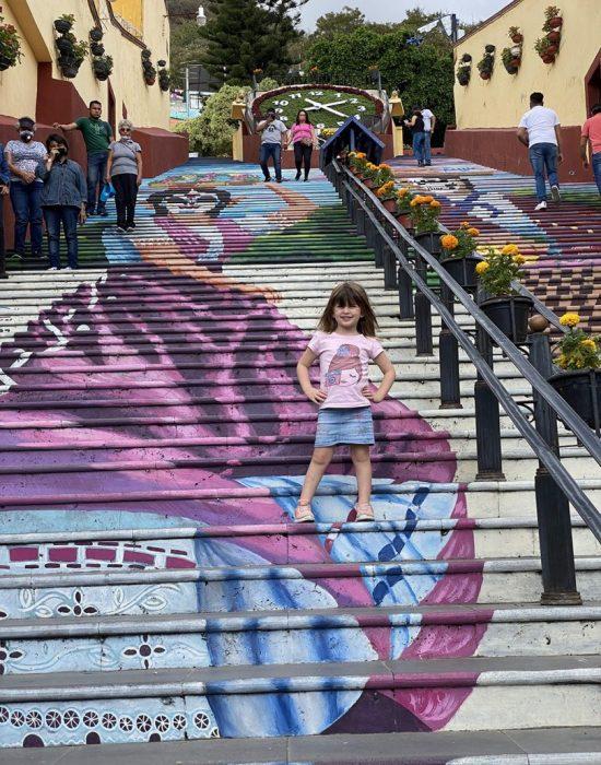 המדרגות באטליקסקו